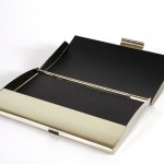 business-card-holder-686723_640